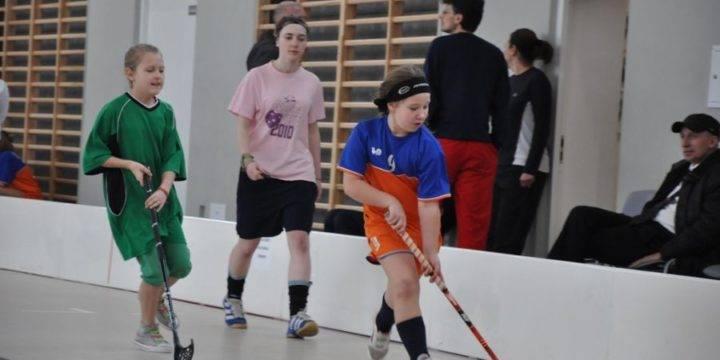 Zbliżają się mistrzostwa szkół w unihokeja – terminy zawodów.